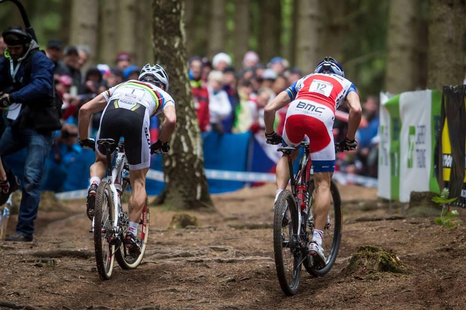 Nino Schurter és Julien Absalon párbaja idén is folytatódott