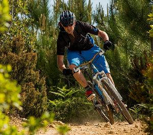 Endura, Endura 2015, Enduro, Endura Hummvee, enduro kerékpár, enduroverseny, enduro túra, trail, trail bike, trail kerékpár