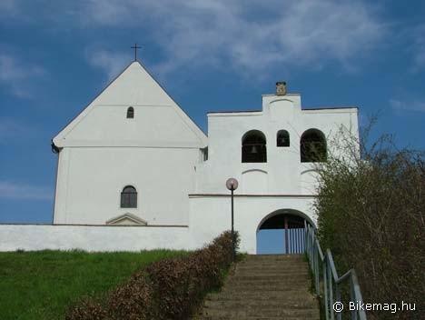 Pöttelsdorf, hegyitemplom
