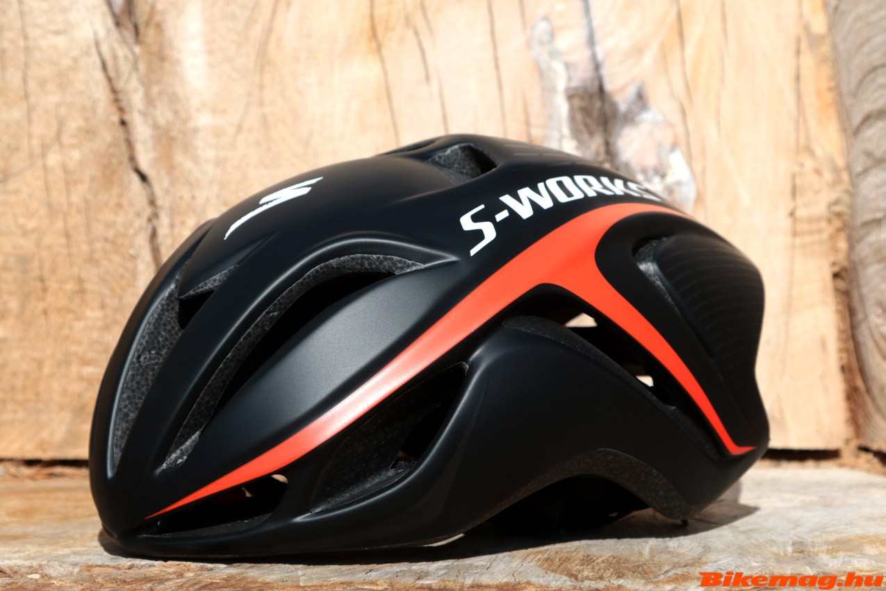 Specialized_Evade