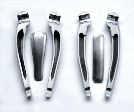 Az üregesre kovácsolt alu hajtóművek technológiájában a Shimano még mindig uralja a piacot, bár a karbonszerkezetek sok szempontból jobbak