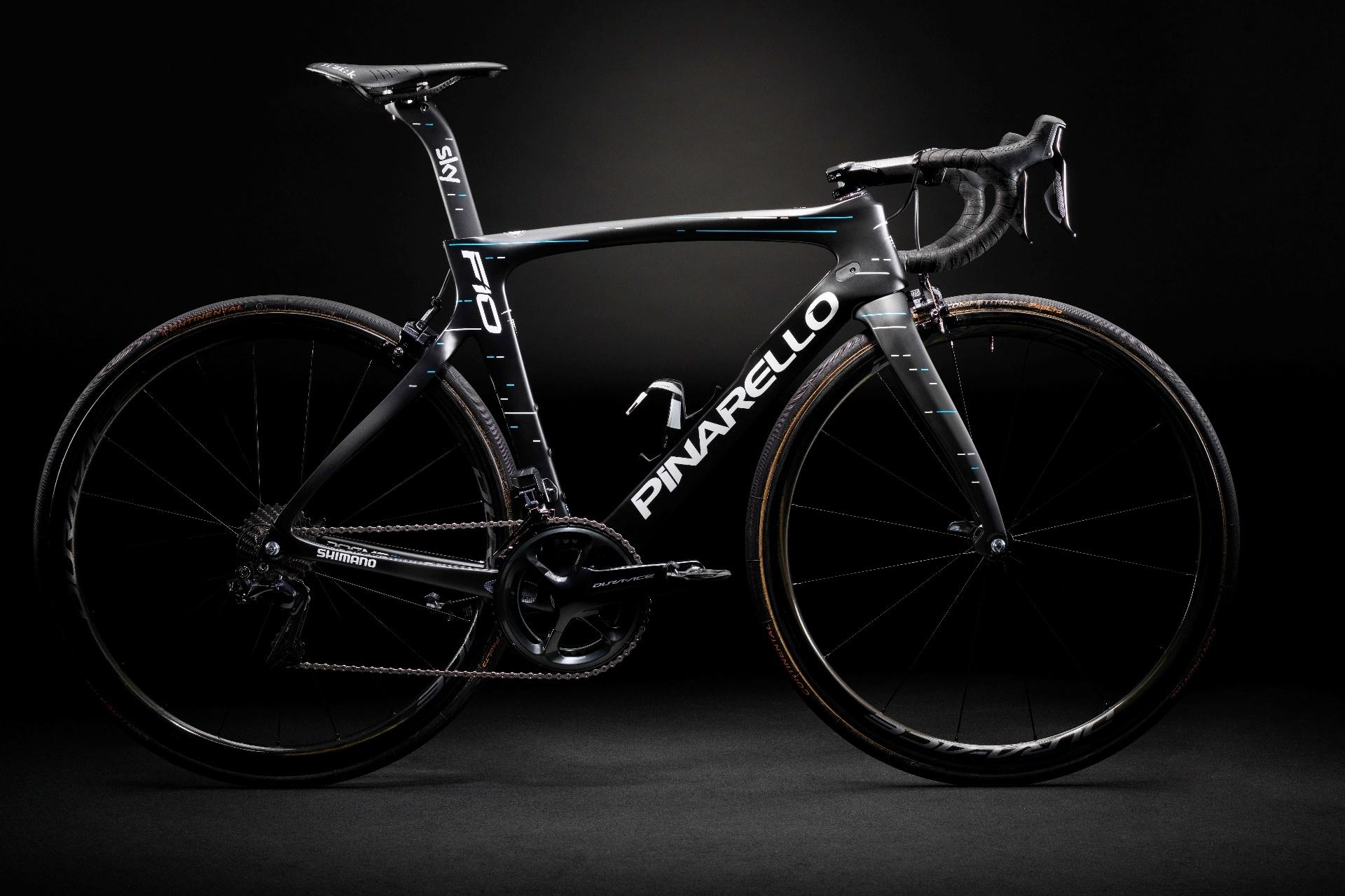 A Team Sky új team kerékpárja, a Pinarello Dogma F10 egyelőre nem létezik tárcsás verzióban