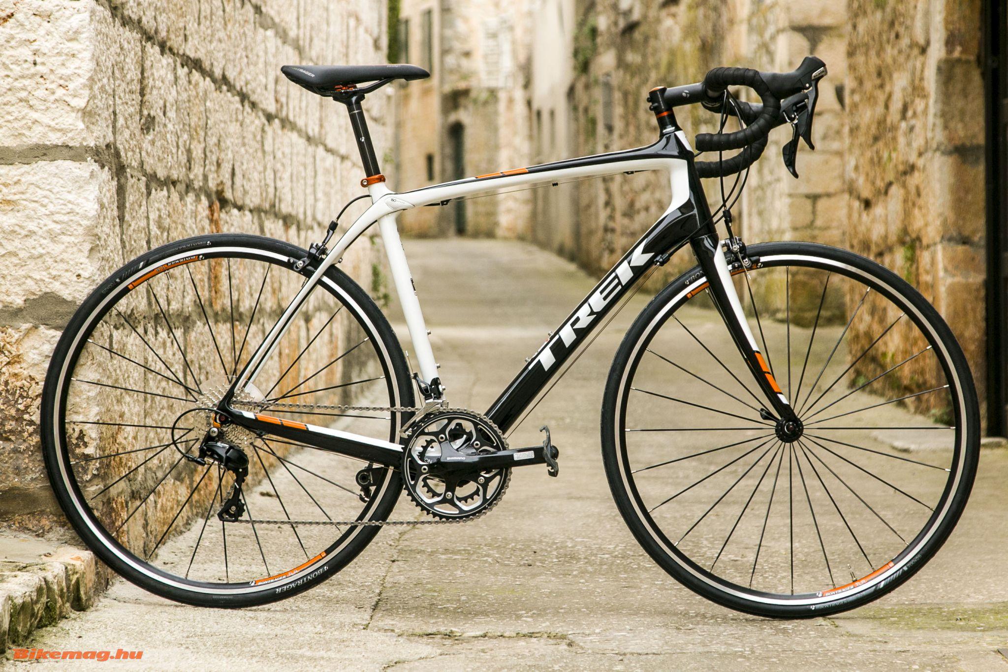 Trek Domane 4.3 kerékpárteszt