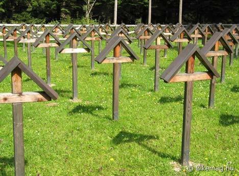 Katonai temető 1550 méteren