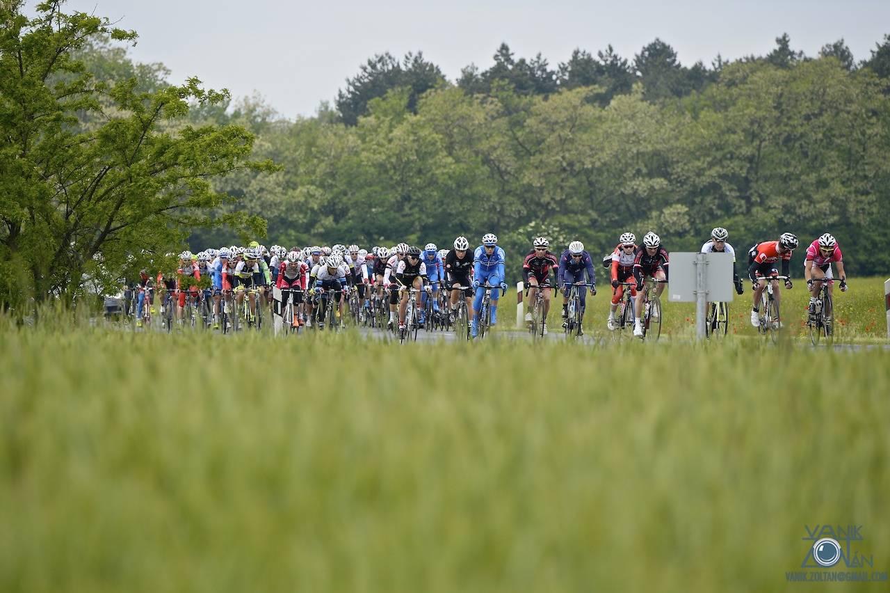A nemzetközi mezőnyben a magyar válogatott, kontinentális csapatunk, az Utensilnord és a Mugen Race is szerepelt, valamint az osztrák BMC Amplatz színeiben Kusztor Péter