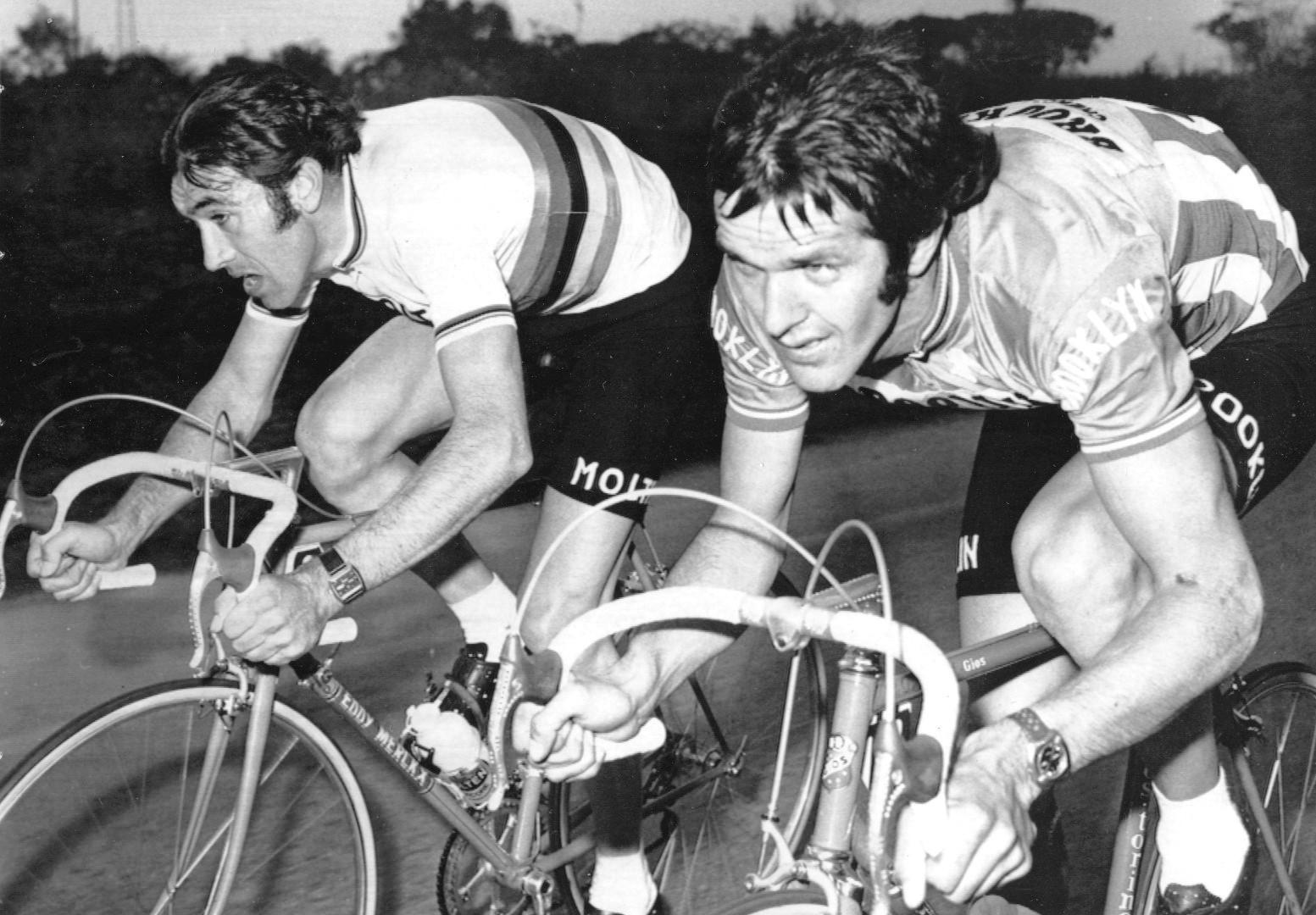 RogerdeVlaeminck és Merckx fej-fej mellett