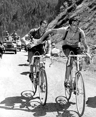 """Az első nagy rivalizálás a kerékpársportban: """"Bartali e Coppi"""""""