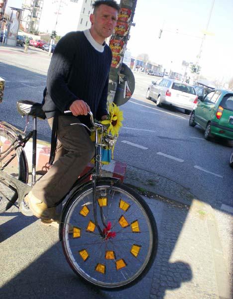 Sokféle bicajt használnak a berliniek, vannak természetesen excentrikus arcok is!
