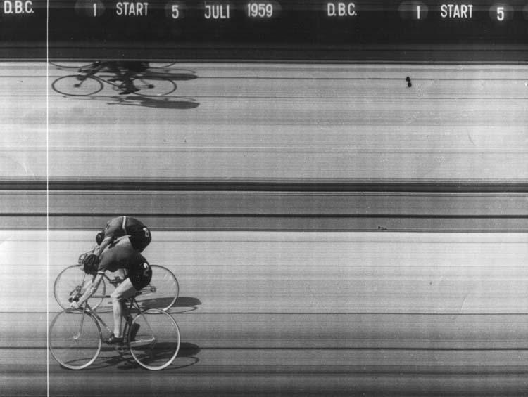 Sprint döntő célfotója az 1959-es dán-magyar válogatott találkozón - itt tíz centin múlt a győzelem