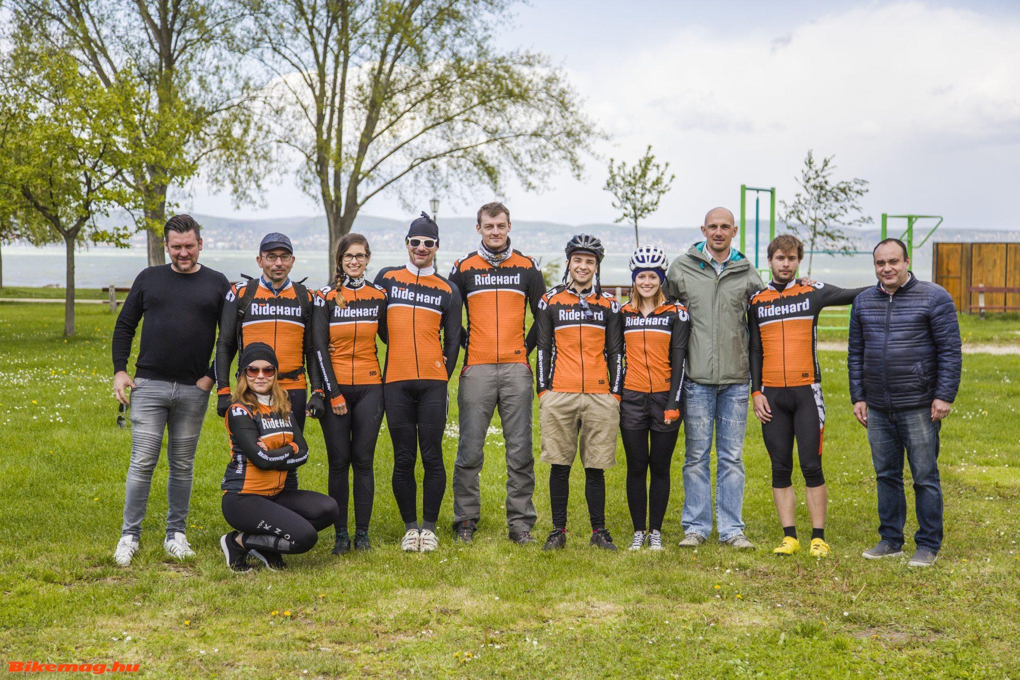 Bodrogi Laci és Nico Mattan Zamárdiban, a RideHard.hu-Bikemag.hu teszttábor csapatával (Fotó: Takács Tamás)