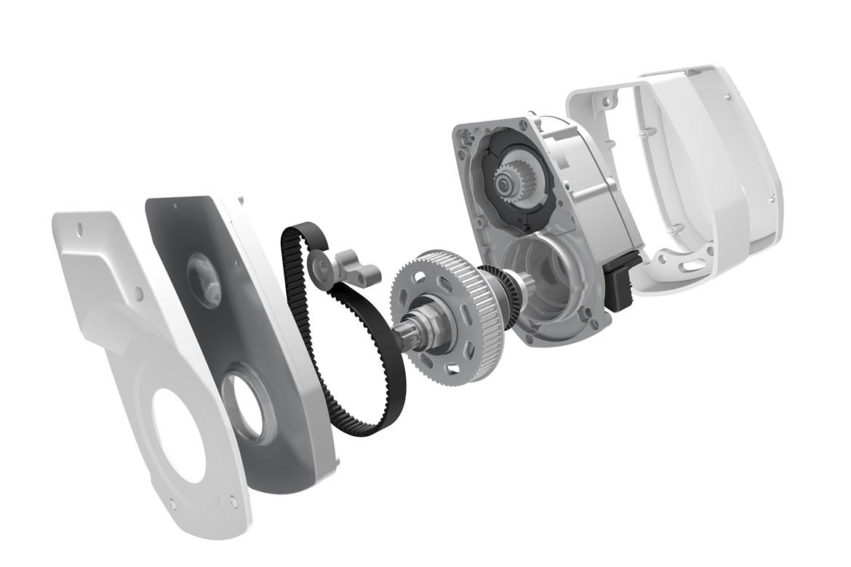 A Brose egység alkalmazása számos előnnyel kecsegtet: az akku alsócsőbe integrált, nagyobb kapacitással rendelkezik, a motor az egyik legerősebb (maximális nyomatéka 90Nm!) és a legcsendesebb a piacon, elöl pediglehetőség nyílik áttételváltásra.