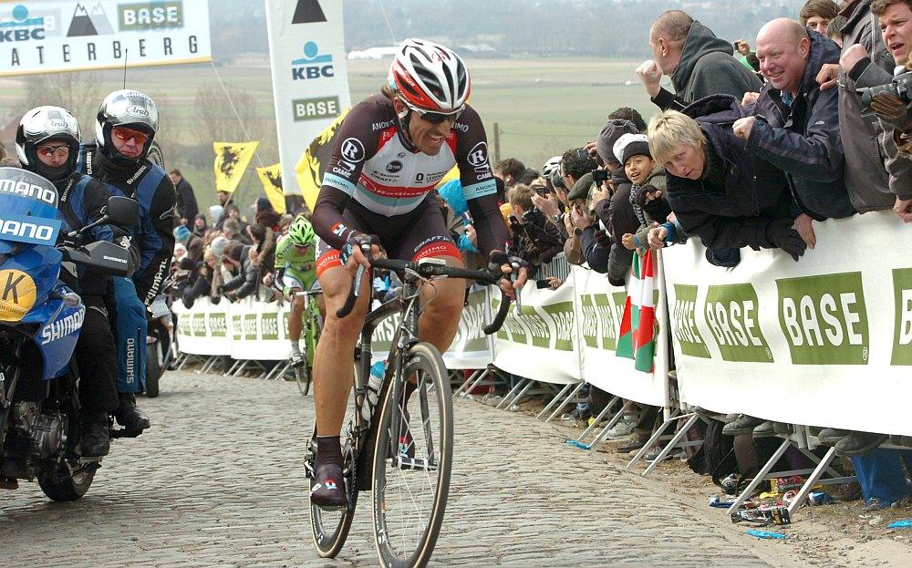 Cancellara leszakítja Sagant a Paterbergen (fotó: Stefan Sirotti - sirotti.it)