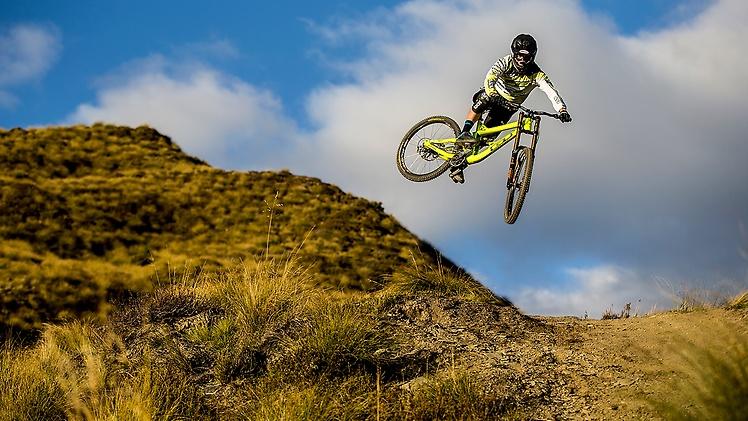 !conti mountainbike-atherton-racing-picture-01
