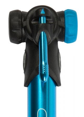 Minimum két pumpára van szüksége a kerékpárosnak: egy otthoni műhelypumpára, illetve egy utazósra.
