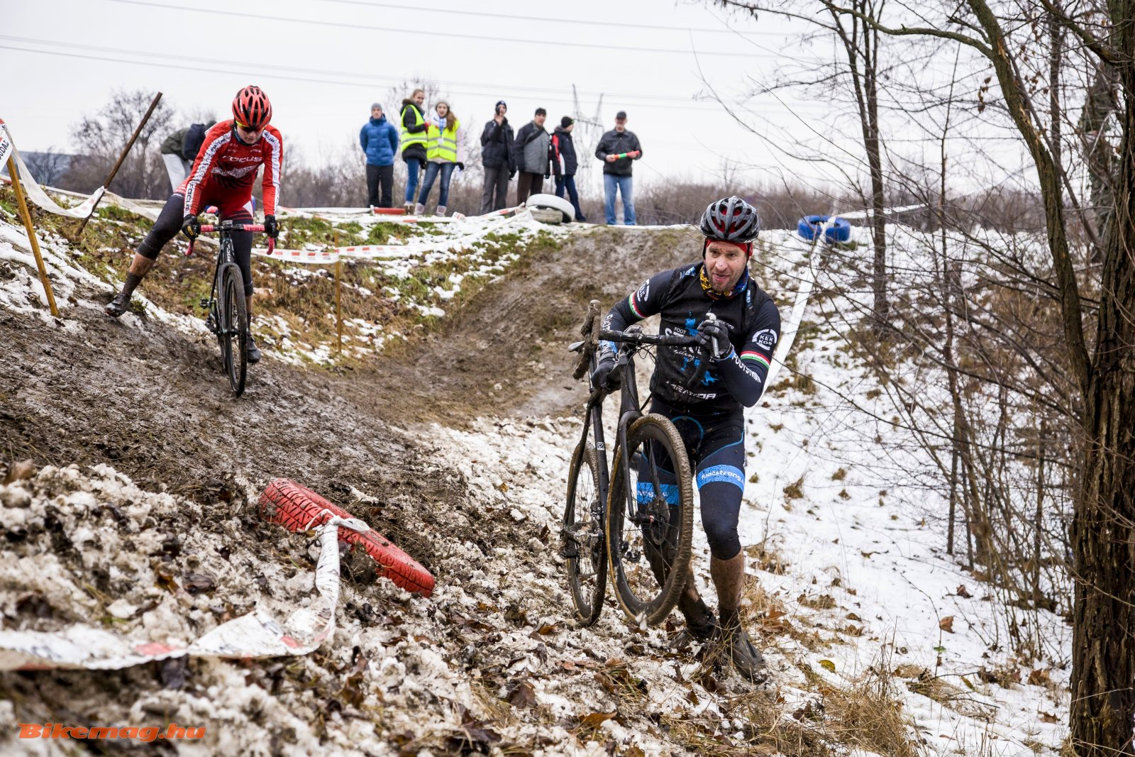 Mountain bike olimpikonok a cx-pályán (Fotó: Takács Tamás)