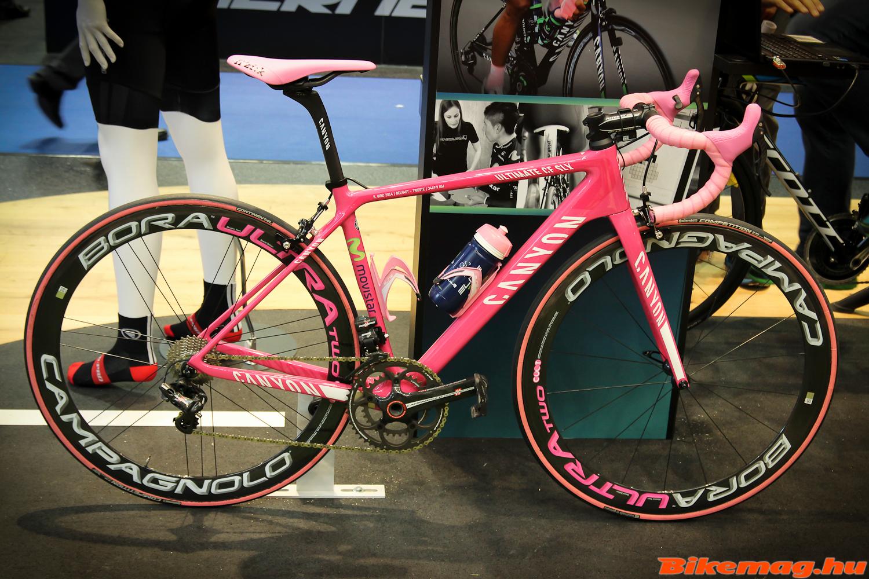 Nairo Quintana kerékpárja az Endura standon