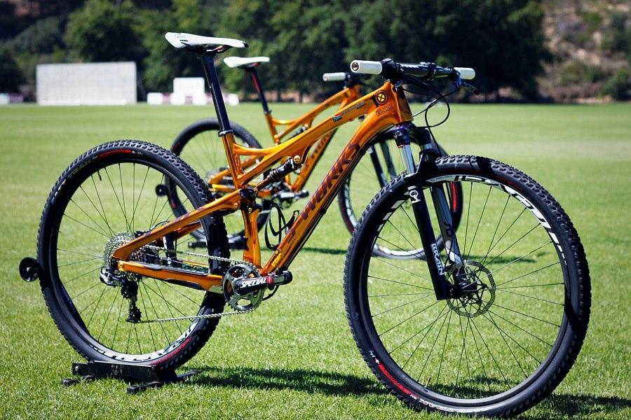 Különleges kerékpárok egy különleges ember emlékére