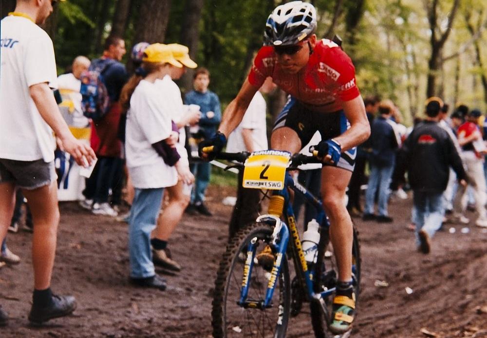 még Csillebércen, mountain bike-kal (Fotó: Takács Tamás)