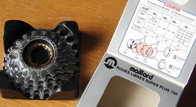 A 80-as években a menetes szabadonfutóknak már befellegzett - igény volt a több fokozatra, az erősebb kerékszerkezetre és az egyszerű cserélhetőségre: a Maillard Helicomatic akár lehetett volna az új szabvány!