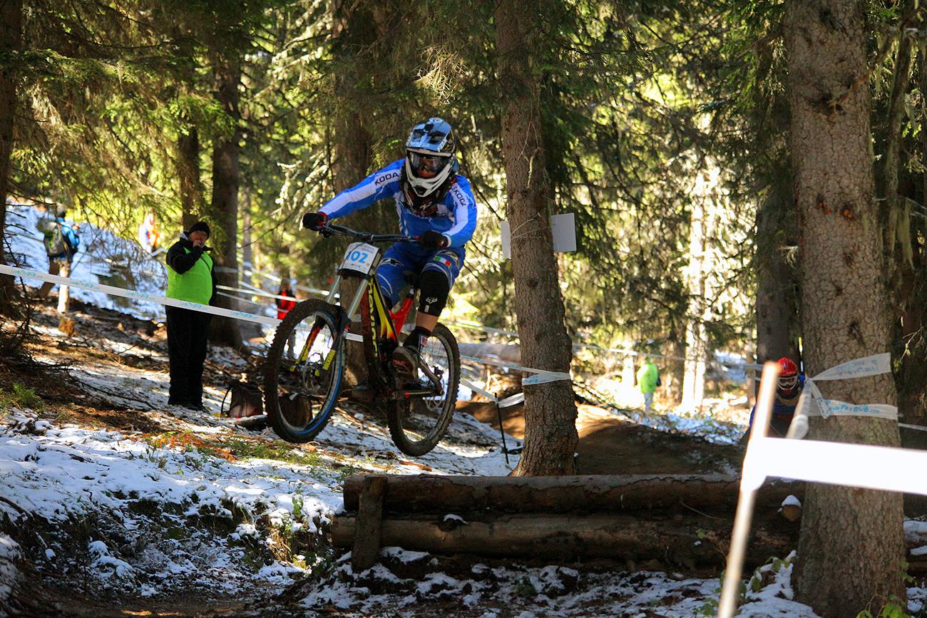 A Junioroknál második helyen végzett Gianluca Vernassa, a Devinci Global Racing versenyzője.