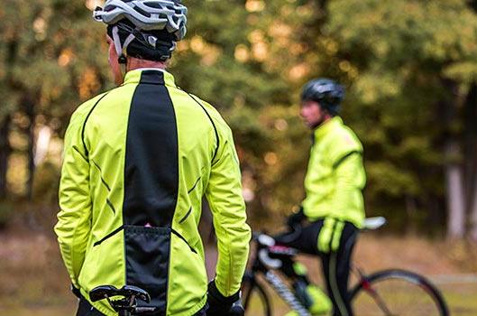 Megfelelő ruházatban a őszi-téli kerékpározás is élvezetes lehet!