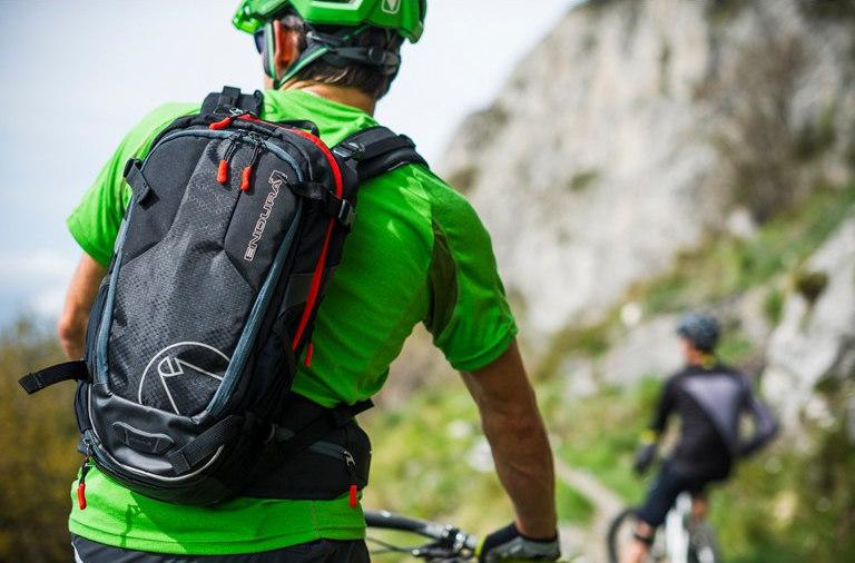 A sporthasználat eltérő igényeket támaszt a kerékpáros zsákokkal szemben...