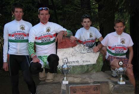 A Magyar Köztársaság 2008. évi hegyi bajnokai balról: Fejes Gábor, Árvai Attila, Szabó-Biczók Márton és Király Mónika