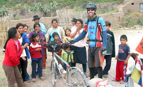 …a holdról jött ember pedig talán éppen valami ilyesmit jelenthet a peruiak számára