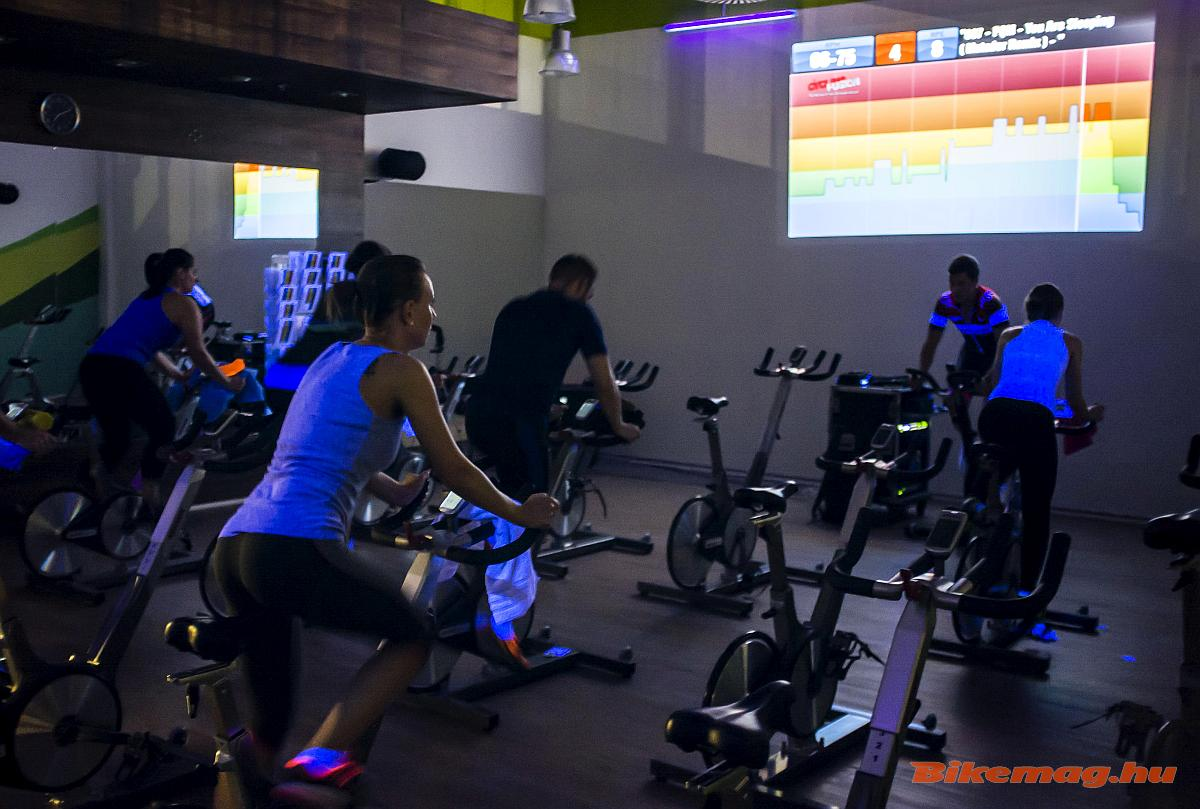 indoor_cycling_megafitness_02