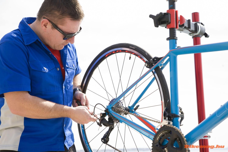 Ami nem csak a kerékpáros szerszámosláda fix kelléke: a csavarhúzó