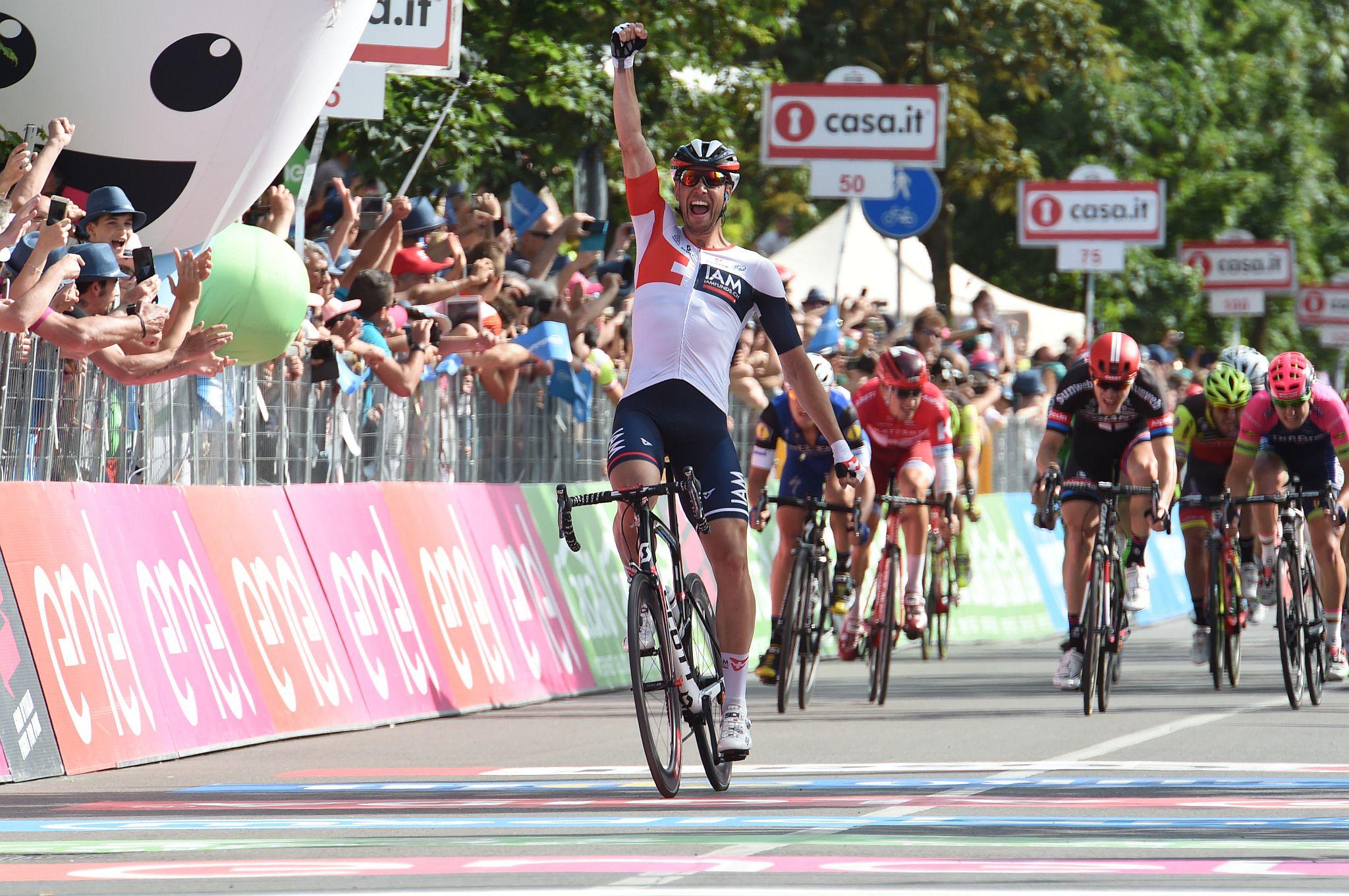 25-05-2016 Giro D'italia; Tappa 17 Molveno - Cassano D'adda; 2016, Iam Cycling; Kluge, Roger;