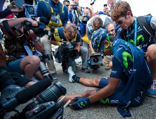 Nairo Quintana a Tour egyik legnehezebb szakaszának megnyerésével az összetett 2. helyre lépett fel, illetve bebiztosította mind a hegyi pontversenyben elért elsőséget, mint a legjobb 23 év alatti versenyzőnek járó megkülönböztetett mezt...