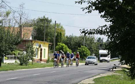 A konvoj valahol Délnyugat-Magyarországon