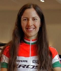 Dósa Eszter