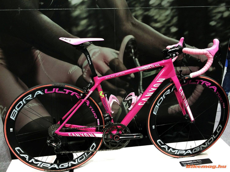 Nairo Quintana Giro-győztes Canyonja minden kiállításon felbukkan még