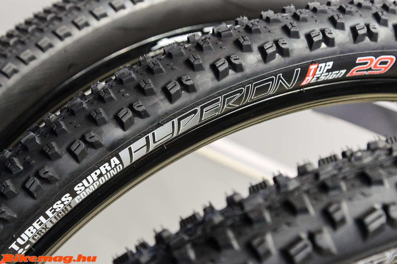 Mitas Hyperion Top Design Tubeless Supra