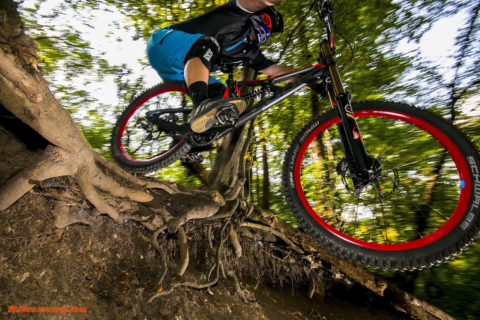 mountain_bike_kerekpar_18