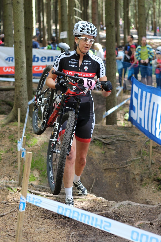 Nadine Rieder első kereke nem bírta a megpróbáltatásokat