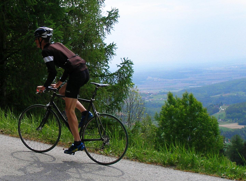 Fitneszjellegű országútival, karbontalpas, imádott SPD-vel...
