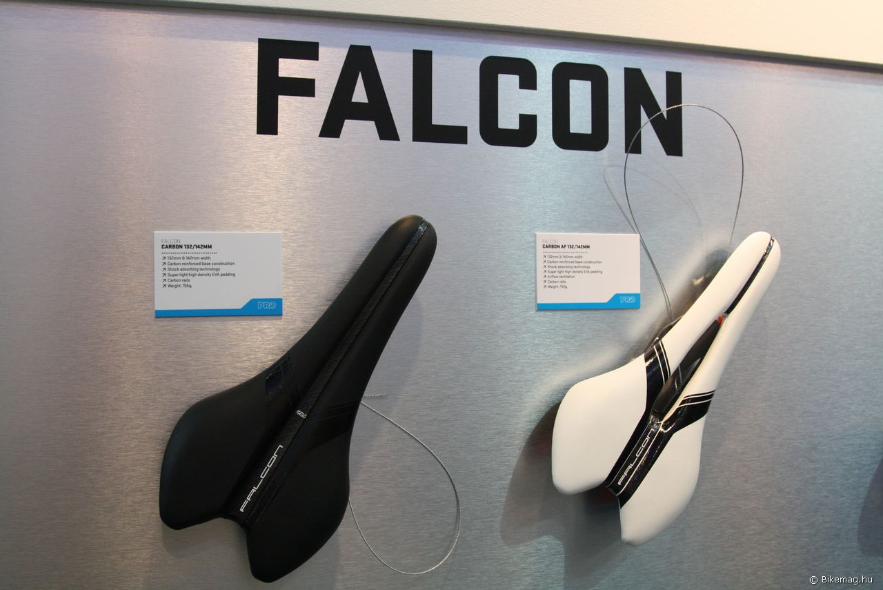 Pro Falcon nyergek