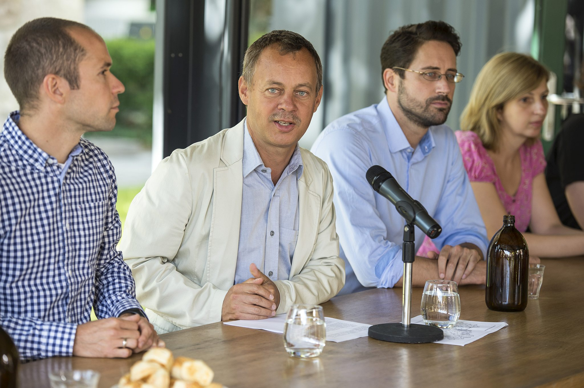 Berencsi Miklós és Révész Máriusz a sajtótájékoztatón