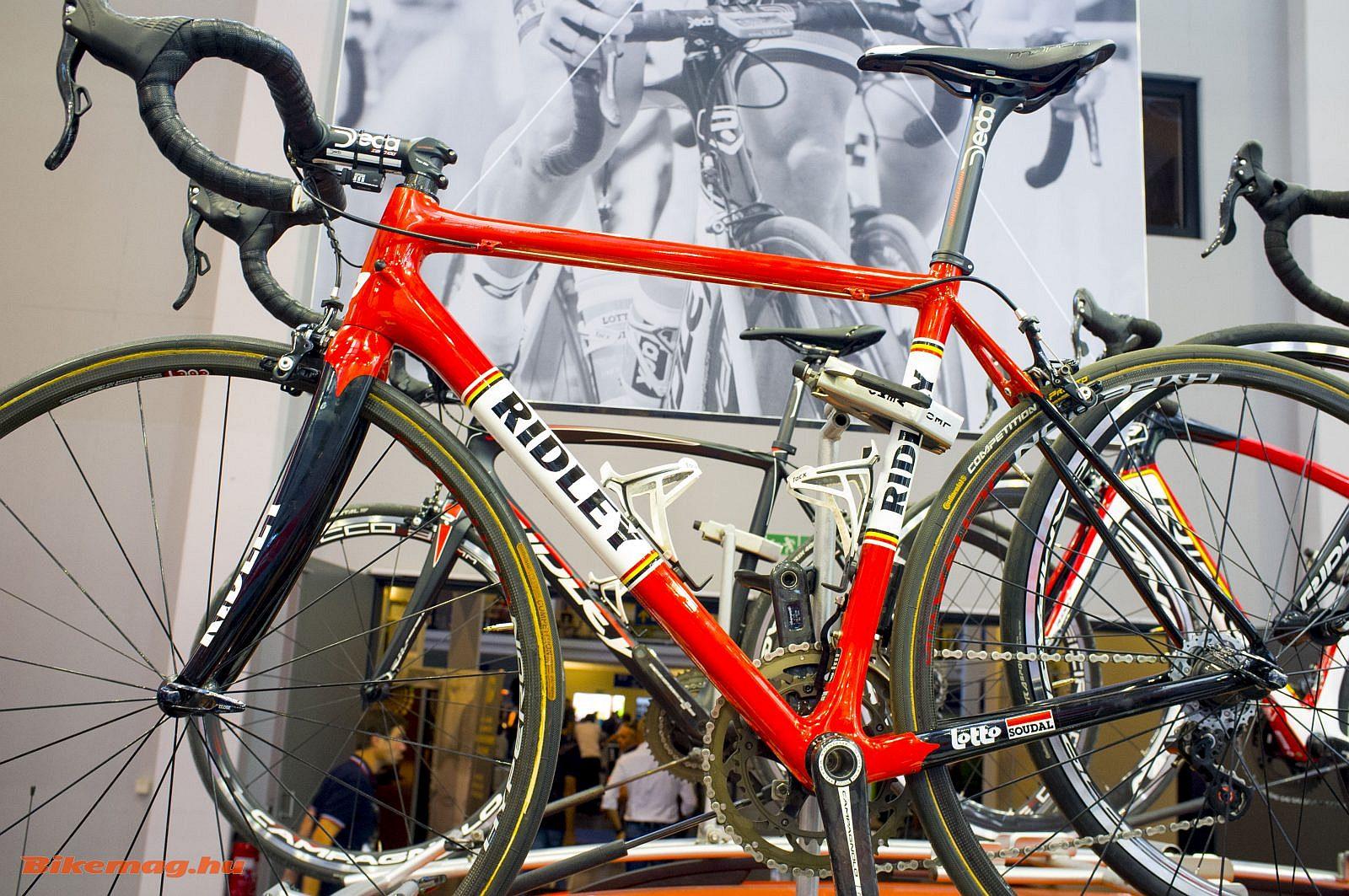 Ridley Helium SL a Tour de France-on látható retro festéssel