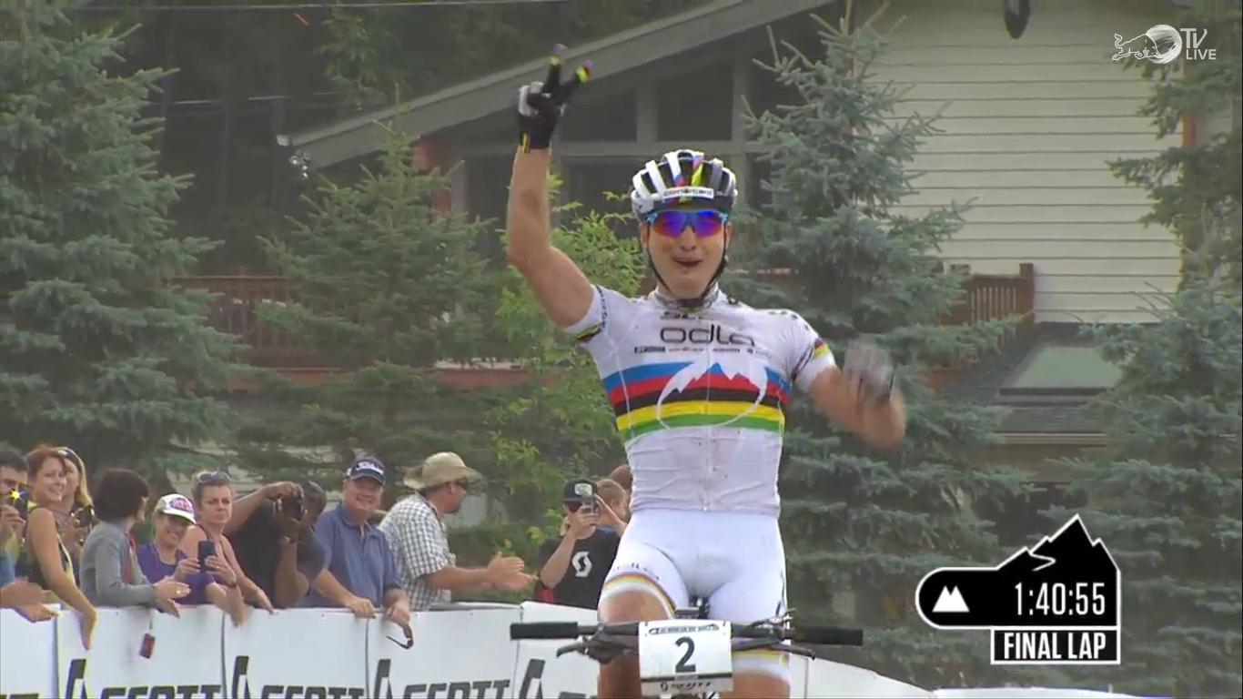Nino Schurter ismét elsőként haladt át a célvonalon