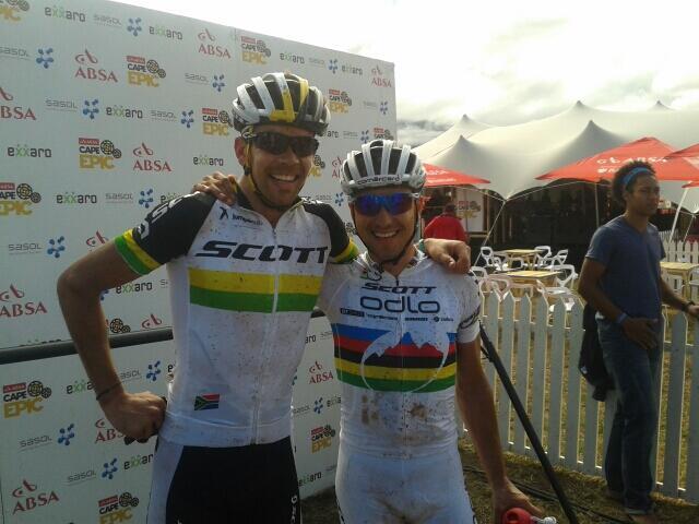 A világ legjobb MTB versenyzőjének is sokat jelent egy Cape Epic szakaszgyőzelem