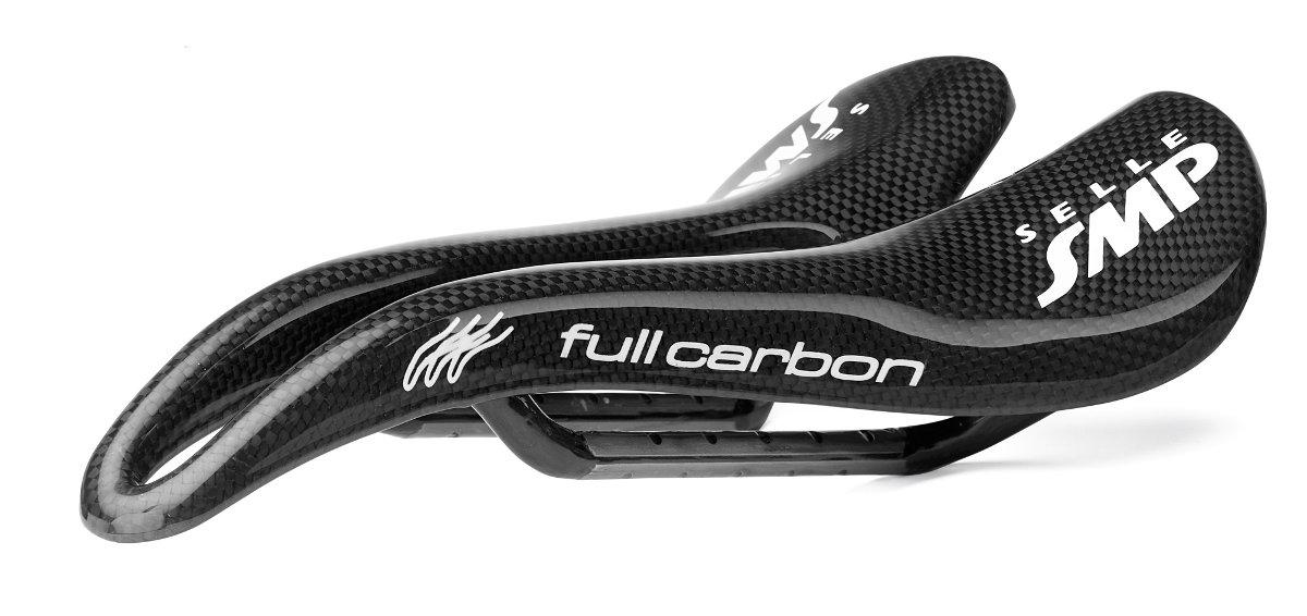 """A """"Full Carbon"""" az egyik csúcsmodell: akár 120 grammos tömeg mellett is lehet SMP-kialakítású nyergünk!"""