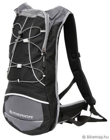 Merida 8 literes hátizsák