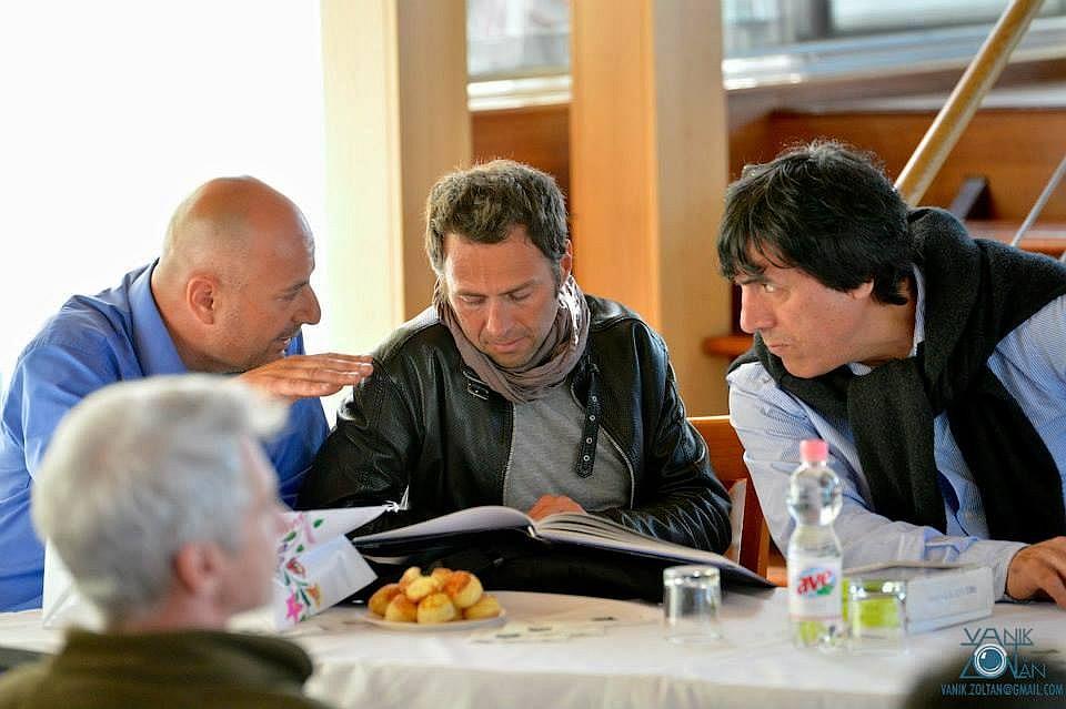 Simoni és Abduzsaparov a CET vendégeként