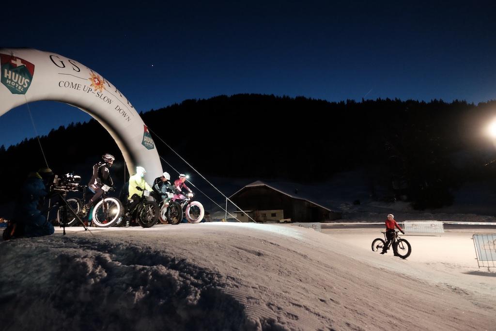 Eliminator verseny az éjszakában