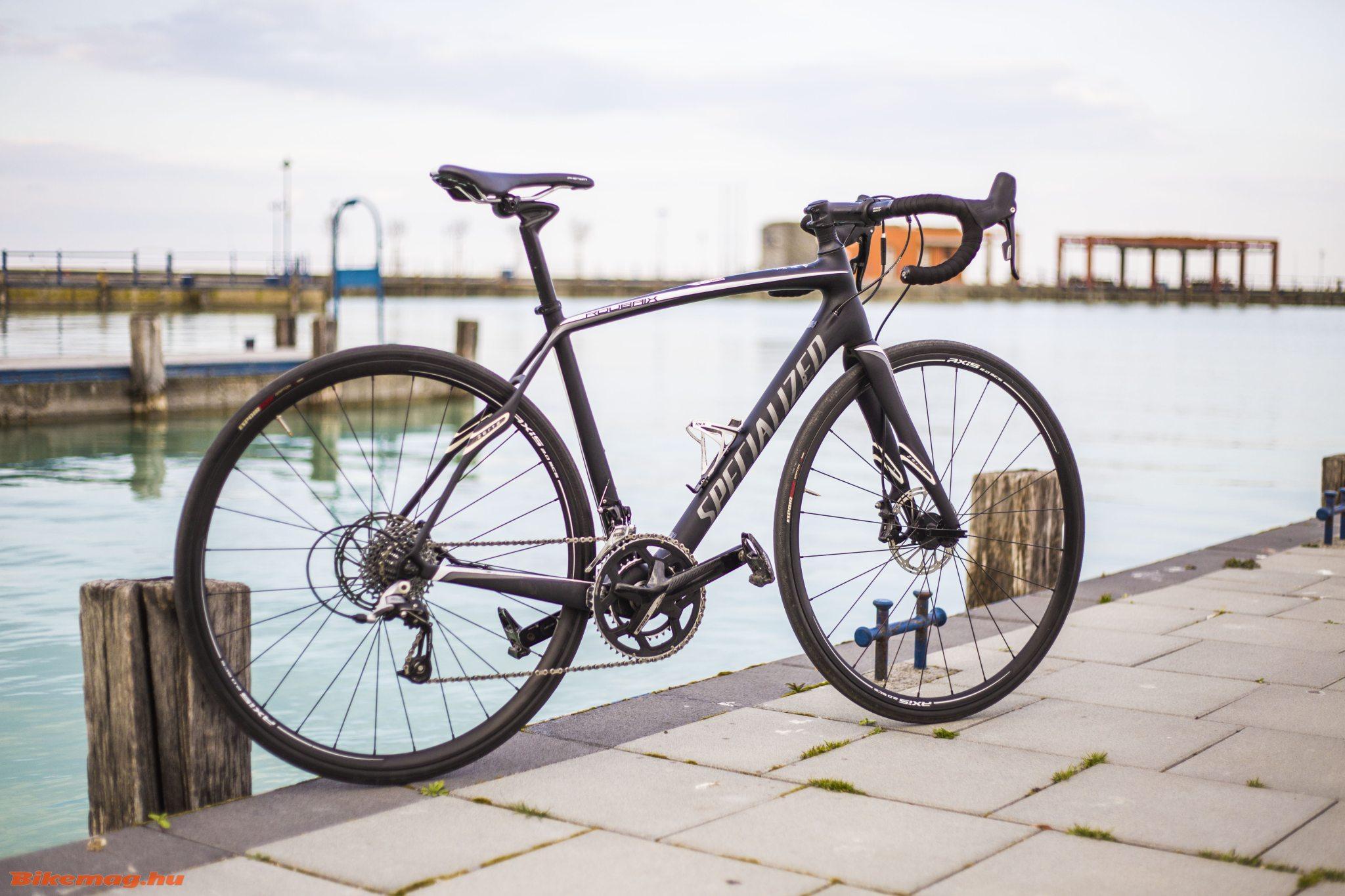 Specialized Roubaix SL4 Elite Disc - egy összetéveszthetetlen vázforma