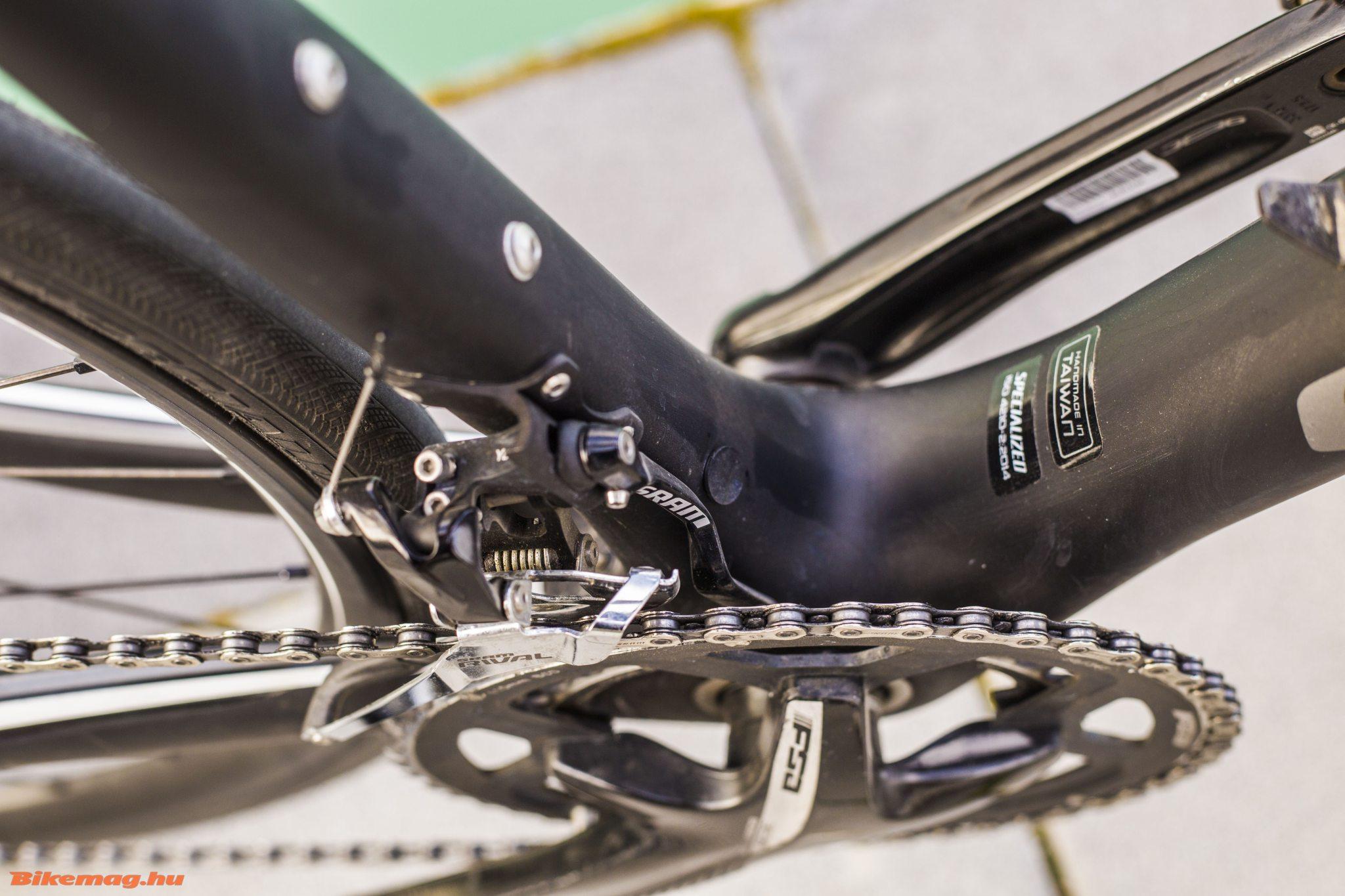 Specialized Roubaix SL4 Elite Disc - az átdobó nem a Rival szett erőssége